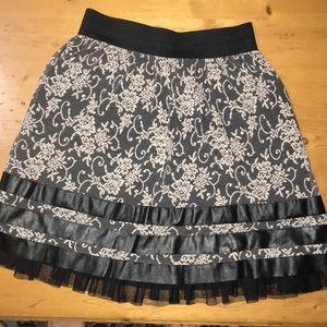Joe B Skirt Medium Black White Ruffle